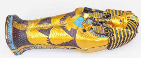 replica_tutankhamun_sarcophagus
